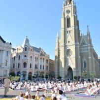Veliki joga performans u N. Sadu, 2015.