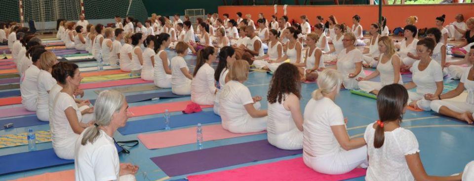 Gde vežbati jogu