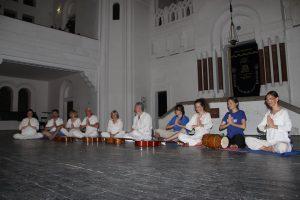 joga savez 6 kirtan sinagoga